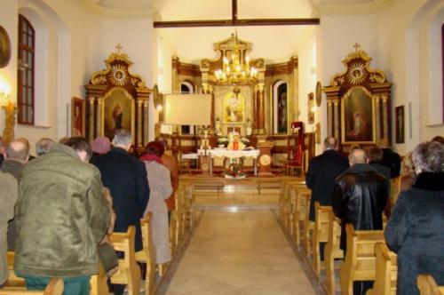 Msza w kościele parafialnym w Mirczu